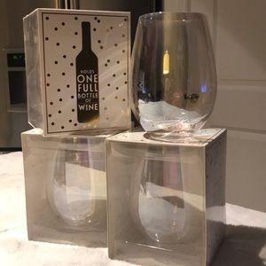 Set of 4 jumbo stemless wine glasses 30 fl oz 😳😜
